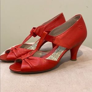 Fly London red leather T strap heel shoes 39